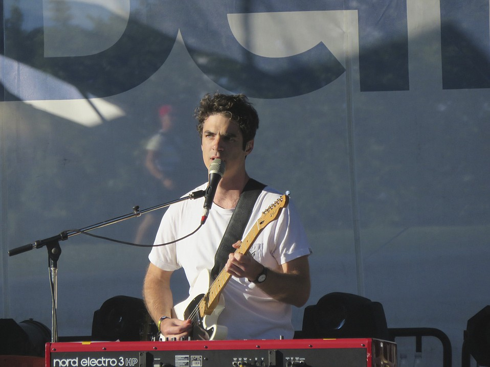 Popular Montreal-based singer/songwriter Geoffroy seduced the crowd with his breezy vocals and sophisticated, layered melodies.
