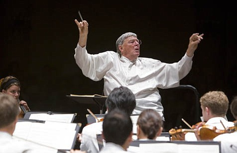 Jeffrey Tate brought out the heroic side of the Festival Orchestra on Beethoven's Fifth Symphony.