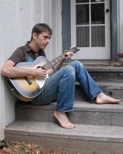 Glen Phillips will perform a benefit concert for CAFWA on August 9.