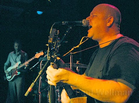 Ex-Pixies frontman Frank Black went solo last Thursday at SOhO as Black Francis.