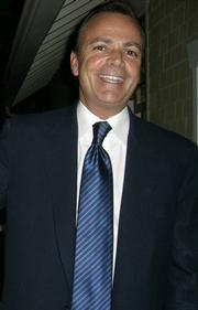 Developer and hopeful Miramar savior Rick Caruso was all smiles Tuesday night when he presented his new plan for the hotel to the Montecito Association.