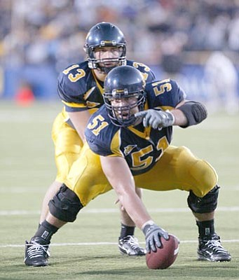 Berkeley's Alex Mack chose finishing his undergrad degree over entering the NFL draft this year.