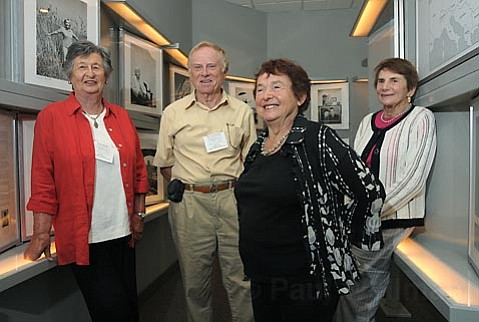 L to R holocaust survivors Erika Kahn, Dr. Stan Ostern, Maria Segal, and Juliane Heyman at the Jewish Community Center