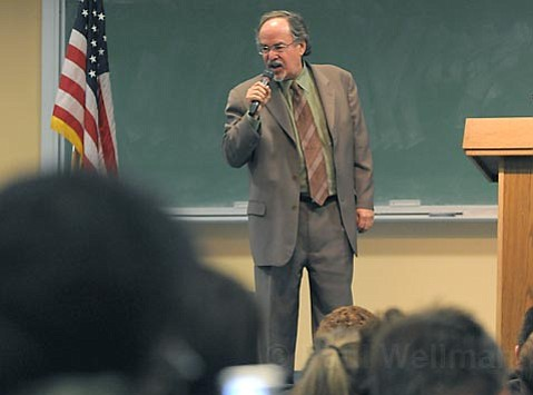 Ultra-right-wing pundit David Horowitz spoke at a UCSB lecture hall at the request of a UCSB professor seeking a conservative viewpoint on Israeli-Palestinian relations. Shouts, tears, and accusations of lying and hatred ensued.