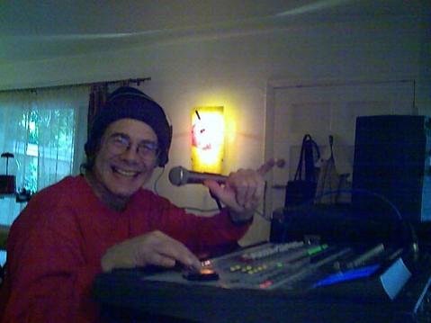 Paull  Rubin, the head engineer at 7 South.