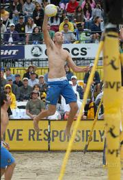 Phil Dalhausser crushes a set from Todd Rogers