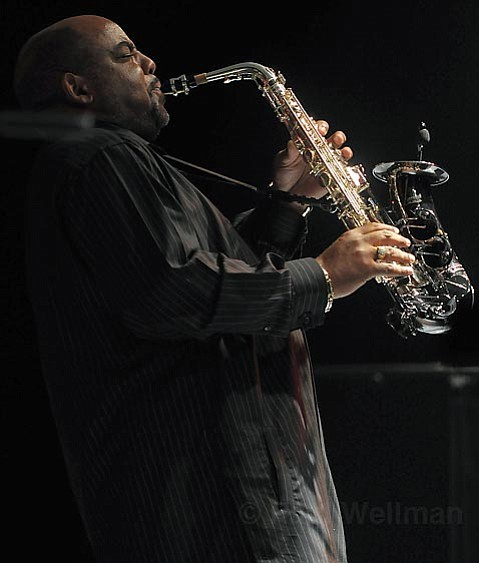 Saxophonist and Gatsby Jazz Festival headliner Gerald Albright was a hands-down highlight of the multifaceted first annual smooth jazz concert.
