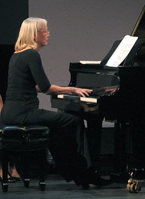 Kristi Becker traveled from Cologne to play the works of Clarence Barlow at UCSB last week.