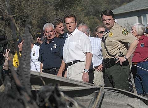 Governor Schwarzenegger surveys the Tea Fire damage along Westmont Rd.
