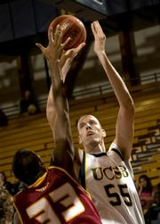 UCSB's Greg Somogyi elevates over his opponent.