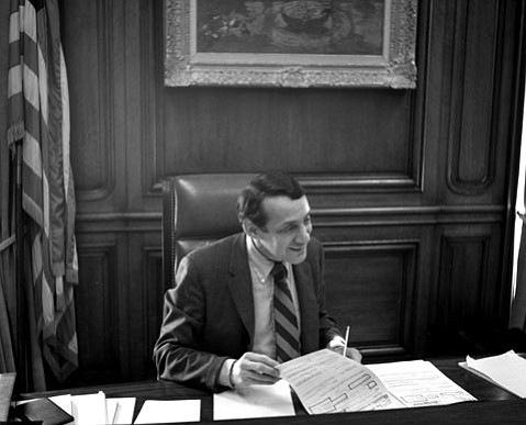 After unsuccessfully running for political office a handful of times in the early '70s, New York native Harvey Milk was elected to the San Francisco Board of Supervisors in 1977. The first openly gay politician in the U.S., Milk was the prime mover behind a stringent gay rights ordinance in that city.