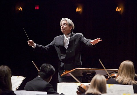 "Michael Tilson Thomas led the San Francisco Symphony in a concert at the Granada that included one of his own compositions, the fanfare ""Street Song."""
