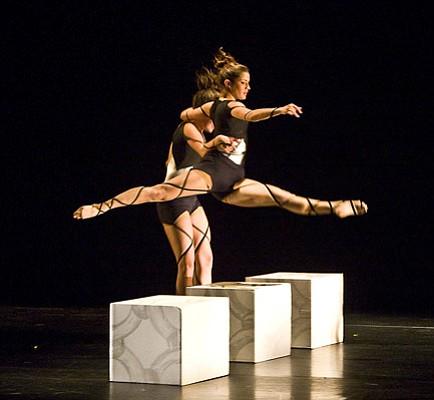 "Lauren Serrano supports Nadia Brunner-Velasquez in Michele Wong's ""Simplex Munditis."""