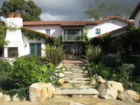 This 1920 Spanish Colonial Revival is one of five homes being toured as part of 2009's Historic Homes Tour.