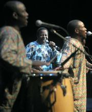 King Sunny Ade played Nigerian juju music for an enthusiastic and dancing crowd on the Thursday before Solstice.