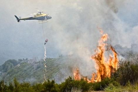 Helicopter in La Brea fire