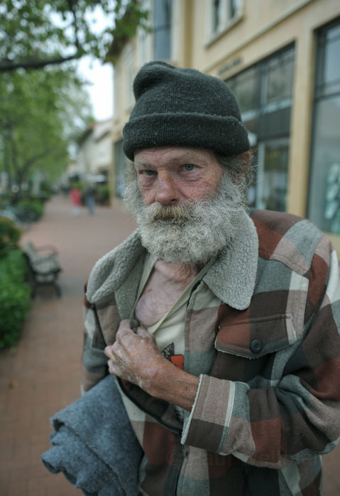 homelessness and alcoholism It is well-known that drug abuse and alcoholism have devastating effects on a person it's not unusual for someone to lose their job, friends, and family because of an addiction.