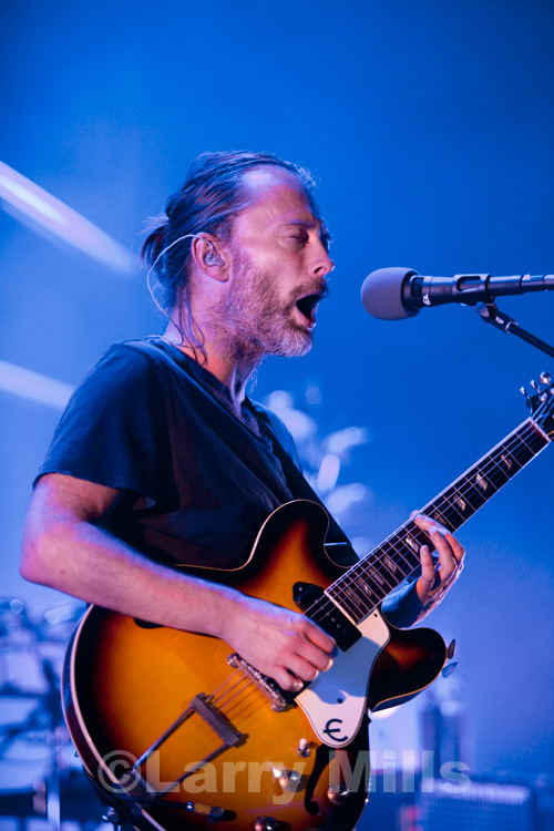 Review Atoms For Peace At The Santa Barbara Bowl