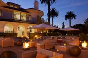 Dolce Hayes Palm Plaza Lounge