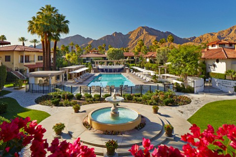 All paths lead to water at the Miramonte Resort in Indian Wells.