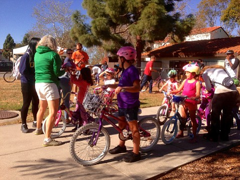 Coast and SBBIKE teaching young kids how to ride at UCSB.