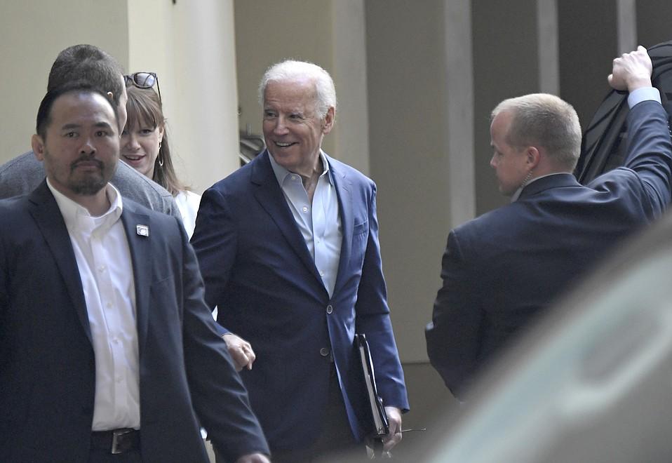 Joe Biden at the Canary Hotel in Santa Barbara (May 18, 2017)
