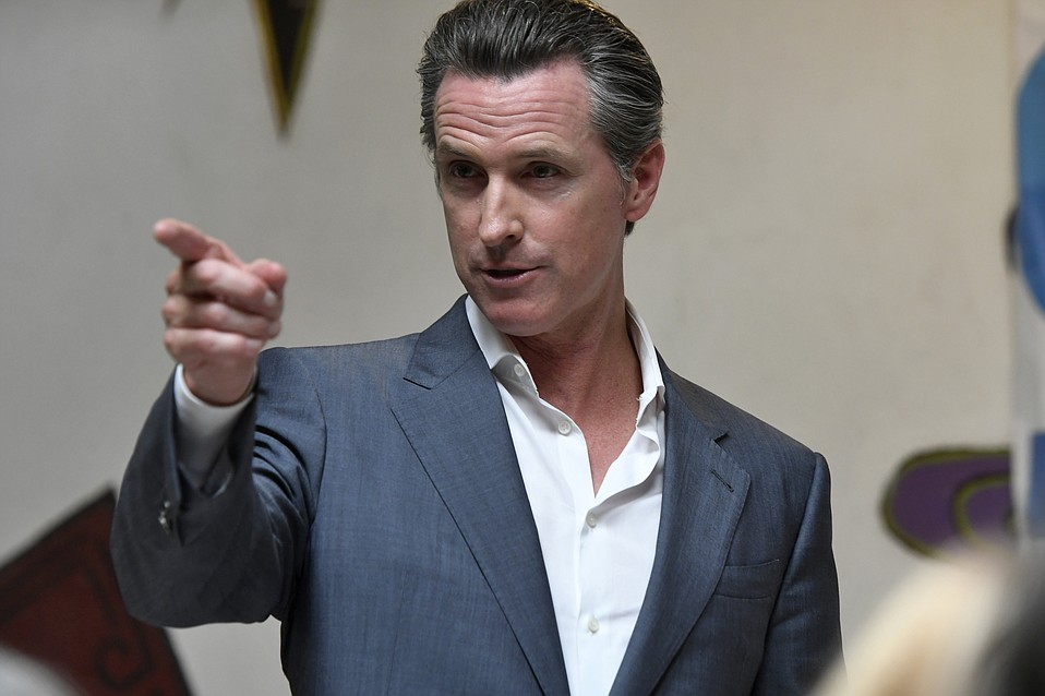 Lieutenant Governor Gavin Newsom swung into town on a campaign tour for his run for California governor in 2018.
