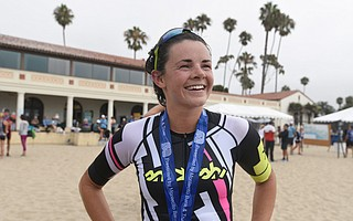 Molly Supple led the women  to win the women's elite crown