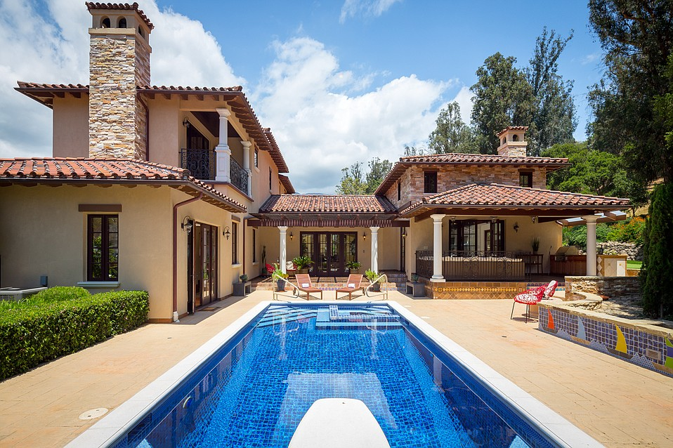 Make myself at home dream home could be yours for Build dream home online for fun