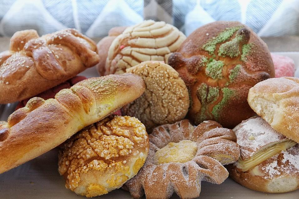 <em>Pan dulce</em> assortment