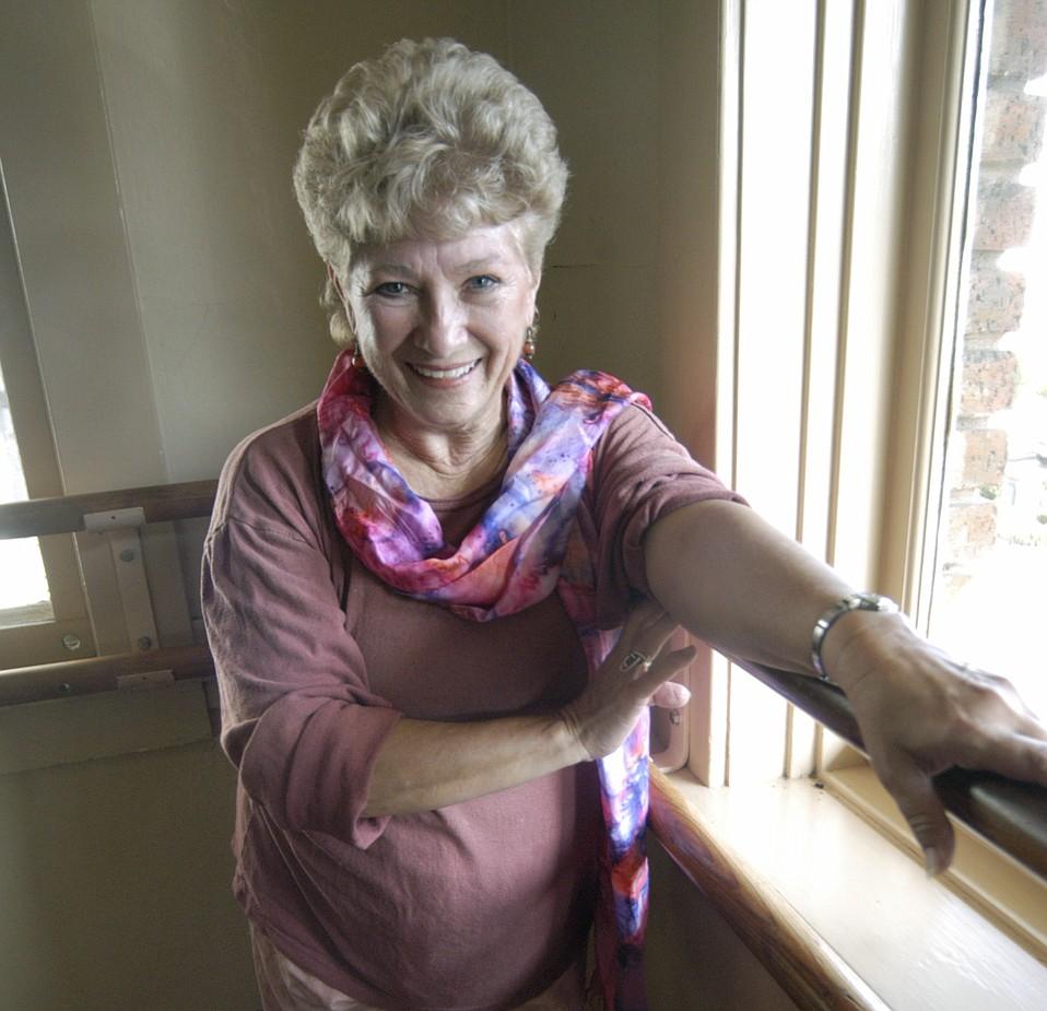 Julie Mcleod