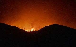 The Thomas Fire entered canyons near Mussel Shoals on Tuesday evening.