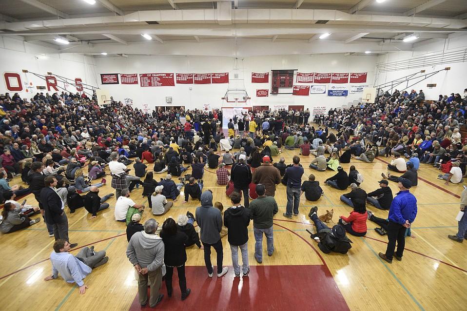 Thomas Fire press conference at Carpinteria High School  (Dec. 7, 2017)