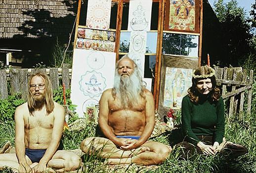 <em>Soviet Hippies</em>