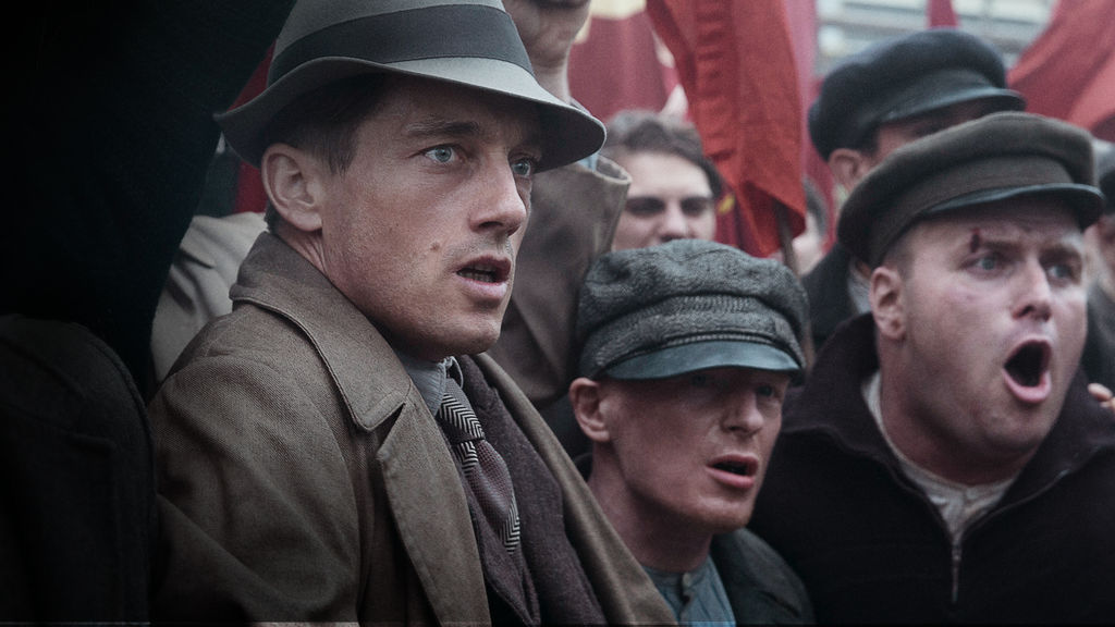 'Babylon Berlin' Is a Seductive, Gritty, Film-Noir-Basted ...  'Babylon Berl...