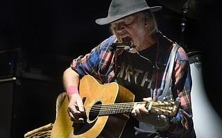 Neil Young at his 2015 Santa Barbara Bowl show