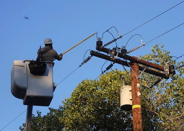 SoCal Edison planned to shut down power this weekend so linesmen could do maintenance repairs, but Peter Marin changed its mind after pointing out how hot it would be this weekend.