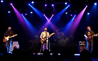 Toad the Wet Sprocket plays live at the Libbey Bowl