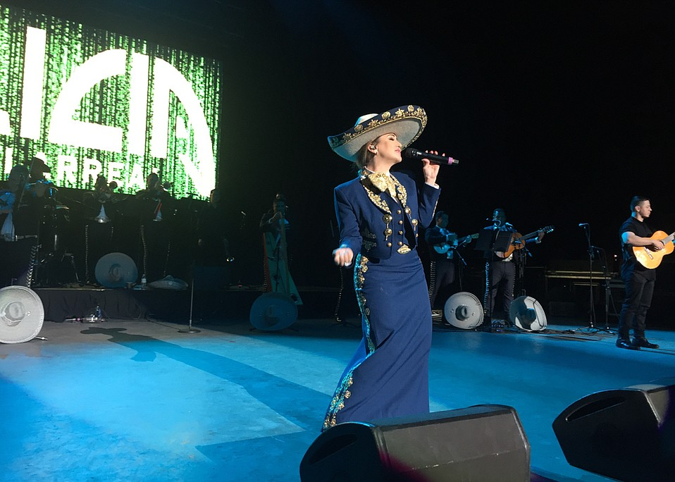 Alicia Villarreal at the Santa Barbara Mariachi Festival