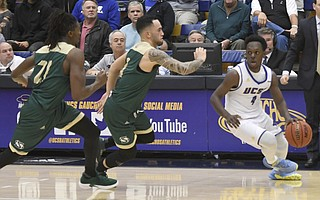 UCSB's Devearl Ramsey (right) in Thursday night's game against visiting Sacramento State