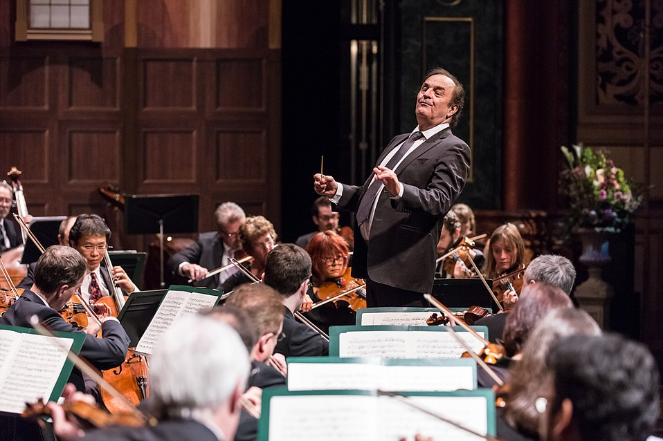 Charles Dutoit conducting the L.A. Philharmonic