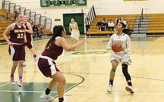 Caia Trimble drills a mid-range jumper in the fourth quarter against Simi Valley.