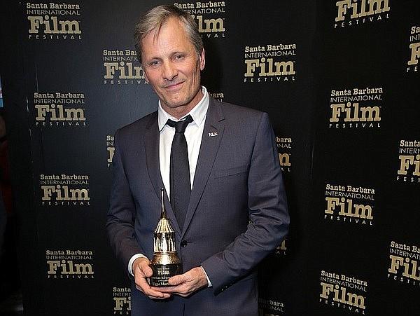 Viggo Mortensen  receives the American Rivera Award during the 34th Santa Barbara International Film Festival.