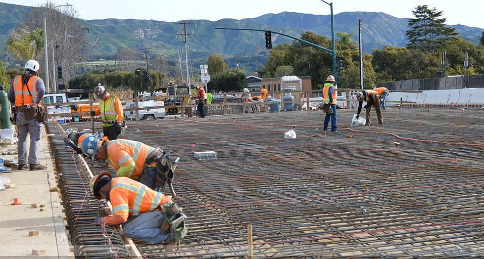 Work crews prep for a concrete pour at the Casitas Pass Road bridge over the 101, while at Linden Avenue the highway will close overnight to allow crews to install falsework supports.