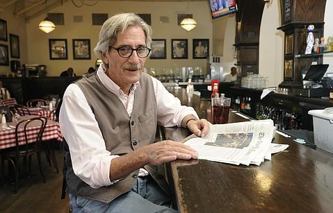 Photo of Ralph Lowe